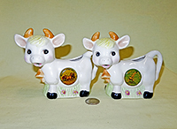 Cute style cow creamers as souvenirs