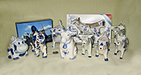 Modern tourist type Delft cow creamers