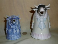 2 Schafer & Vater standing lady cow in dress creamers