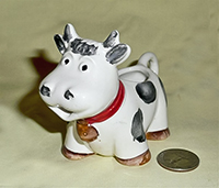 Robust Italian cow creamer