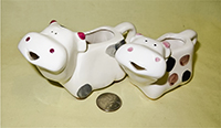Very cute small cow creamers