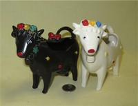 Two SylvaC cow with lids