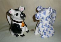 Japanese and Hudsonware VT stubby cow pitchers