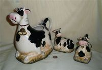 Park Designs large kneeling caricature cow pitcher with creamewr and sugar