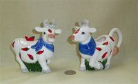 Hot Pepper cow creamer and sugar