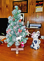 Jan Owsley cow creamer and Chritmas tree