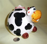 Funky Animals english cow cariucature teapot with big orange nose