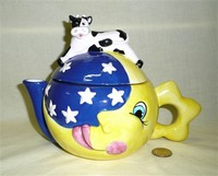 Wang's International cow over the moon teapot